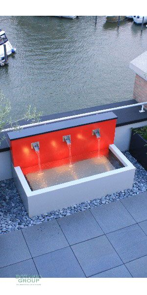 Water Wall Design Line, water play pool with aluminum
